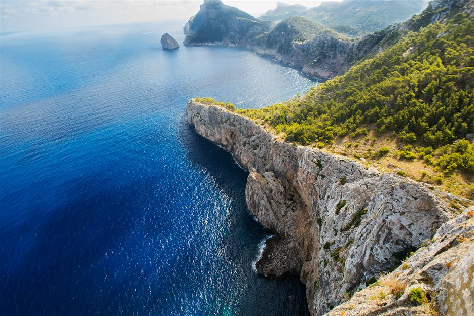 balearic_islands_coastal_wall