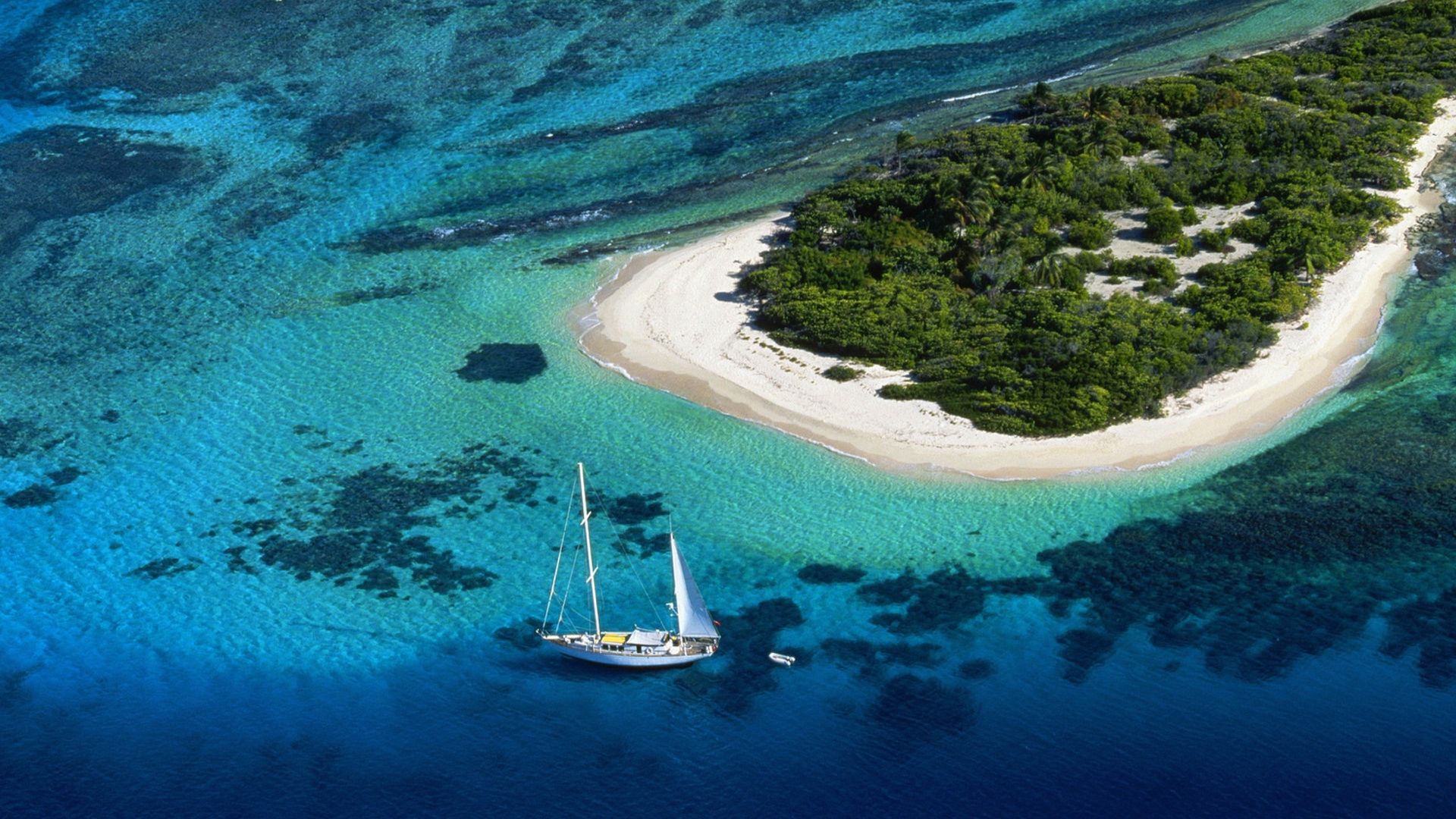 yacht_island_beach_bank_from_above_land_water_azure_60859_1920x1080
